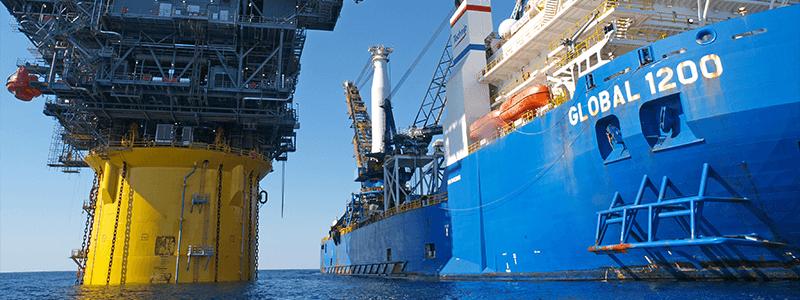 Bohrinsel Betankung Schiffsladung